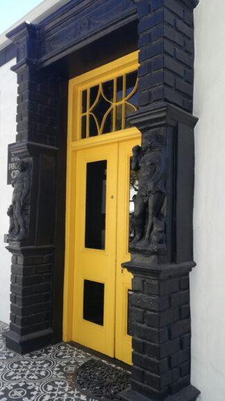 door way entrance